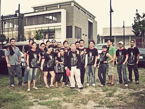 Bloggers at the Eraserheads reunion concert. [1]