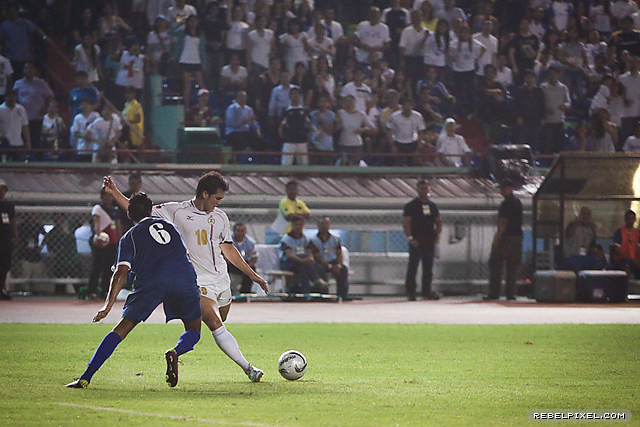 Phil Younghusband worked his best but was often frustrated by the Kuwaiti defenders.